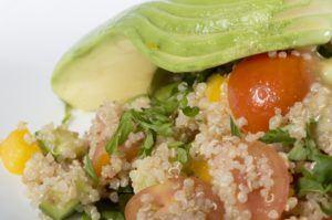 Quinoa con aguacate