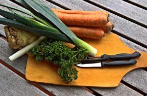 Sopa de apio y verdura
