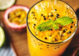Licuado energético de papaya y naranjas